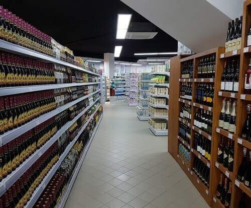 retail shelving system